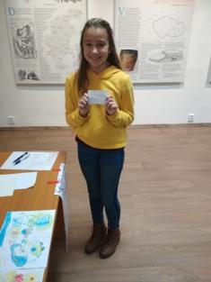 Majda Trdá byla vylosovaná jako zástupce, který pojede reprezentovat naši knihovnu navyhodnocení soutěže Knižní výzva 2018do Vyškova.
