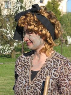 Slečna Hrůzová, pálení čarodějnic 2012.