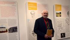 Slavnostní otevření Stálé expozice historie Podomí ajeho významných rodáků - pan Mojmír Režný představuje svoji knihu