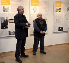 Slavnostní otevření Stálé expozice historie Podomí ajeho významných rodáků - pánové Karel Gregor aKarel Vágner představují knihu Vodnické pohádky